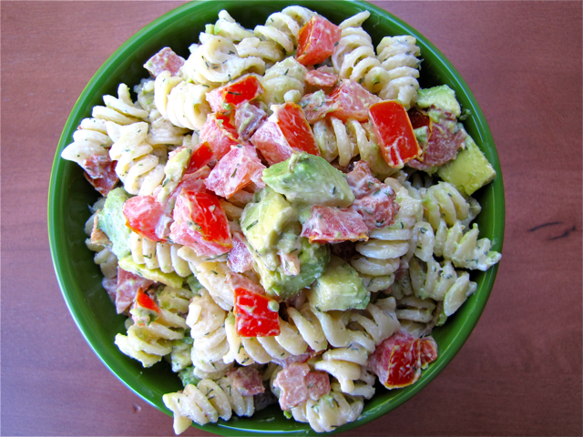 Chicken bacon avocado pasta recipe