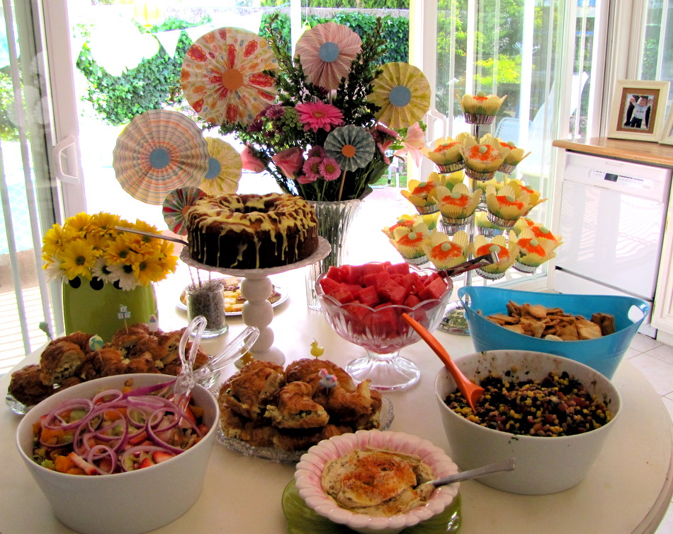 Diycelebrations garden baby shower for Baby shower food decoration ideas