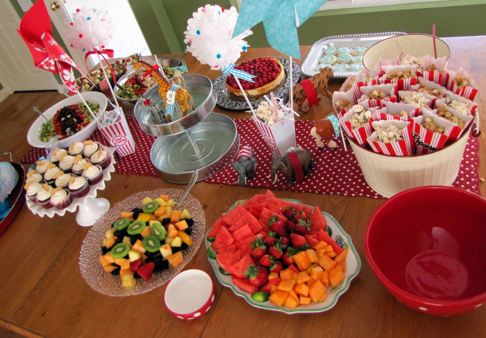 baby shower food ideas on a budget circus baby shower