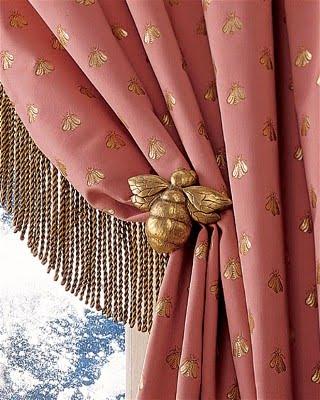Life Wrapped In Lace: Nip/Tuck - Curtain tiebacks