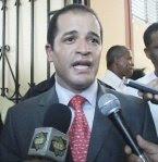 Juan de los Santos llama a aspirantes sindicatura SDE a trabajar
