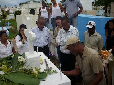 Sepultan restos madre de Dirigente de la JRD.