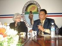 Ortiz Bosch anuncia respaldo a Chu Vásquez para la secretaria general PRD