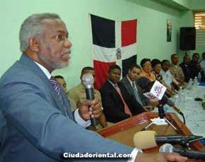 El Secretario de Educación ordena inscribir a todos los estudiantes sin requerirles condición migratoria