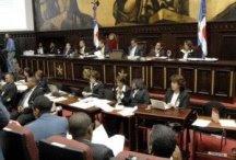 Asambleístas aprueban artículo sobre autoridad usurpada