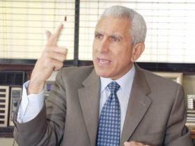 Esquea Guerrero renuncia a candidatura presidencial del PRD