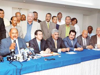 PRD  rechaza renuncia de Ivelisse Prats; aprueba fechas para escoger delegados a convención