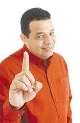 Sondeo: Luisín Jiménez, uno de los políticos mejor calificados Zona Oriental
