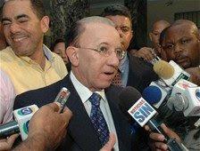 Aristy Castro opuesto a suspensión de José Osvaldo Leger