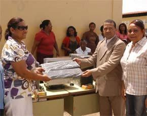 Páez dice no llenará el municipio de bancas de apuestas ni centros de prostitución