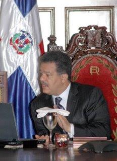 Fernández inaugura centro penitenciario y carretera por RD$460 millones en Moca