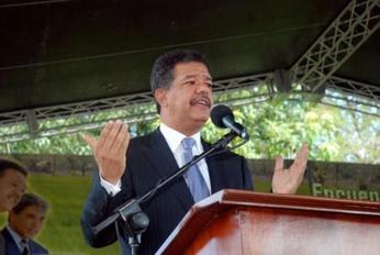 Fernández discute estrategias de combate a la corrupción en Consejo de Gobierno