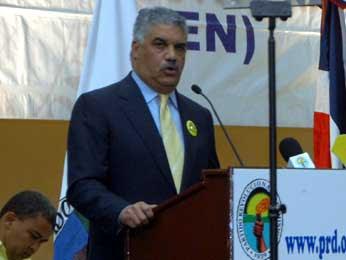 Vargas expone posición sobre Tribunal Constitucional y nueva Suprema Corte