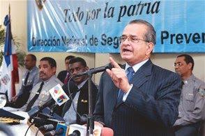 Almeyda reclama poner fin a las redadas en los barrios