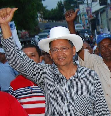 Luis Abinader expresa pesar por el fallecimiento del ex diputado Radhamés Santana