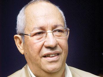 Moya dice si LF busca reelección daña la economía