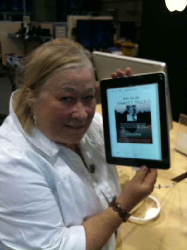 2000+ ebooks from Smashwords authors and publishers appeared on the iPad