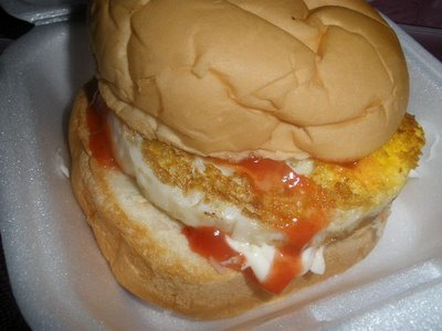 Kisah Pelancong Jepun Yang Terkejut Lihat Burger Benjo Di Malaysia