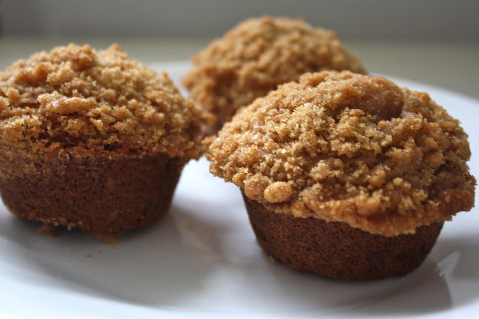 Hey, Lady Grey: Scrumptious Banana Crumb Muffins