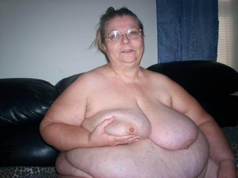 фото голых толстых бабушек старушек