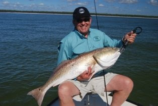 Drew Kelso Gets His 27 lb Redfish on a Flyrod!