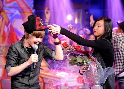 Justin Bieber nu pelado