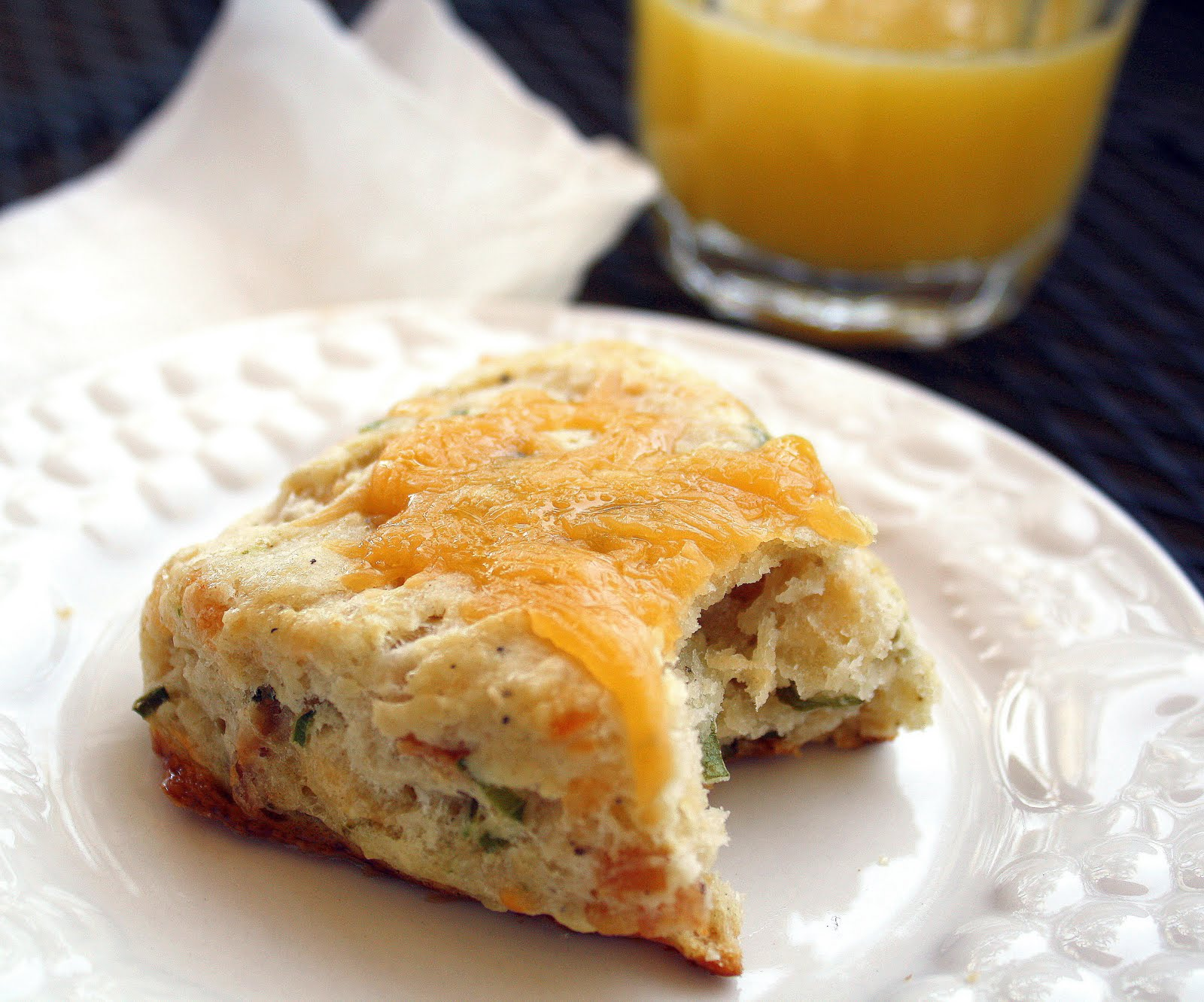The Comfort of Cooking » Easy Bacon Cheddar Scones