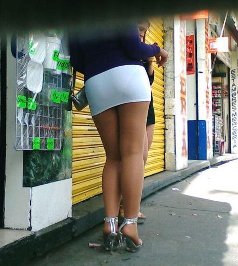 las prostitutas os precederán el oficio mas antiguo del mundo