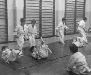 Escalfament de judo infantil