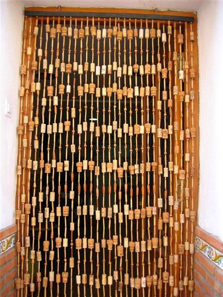 construido con las manos cortina con tapones de corcho