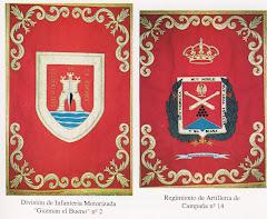 Escudos de la División y del Regimiento