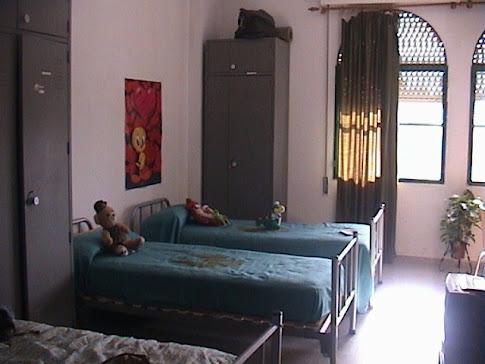 Dormitorio de tropa femenino