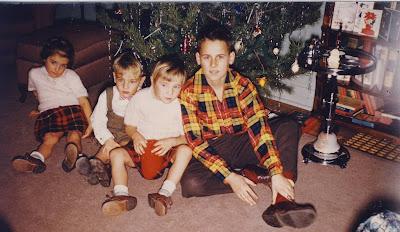 The Pammett Kids at Christmas, Gaye, Kevin, Nanci, Johnny