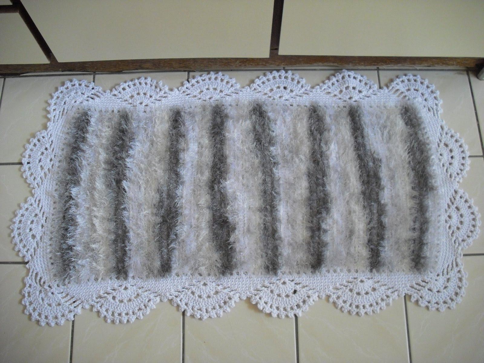 com certeza darão um ar totalmente clean ao seu banheiro. Um luxo #525F79 1600x1200 Banheiro Branco Com Cinza
