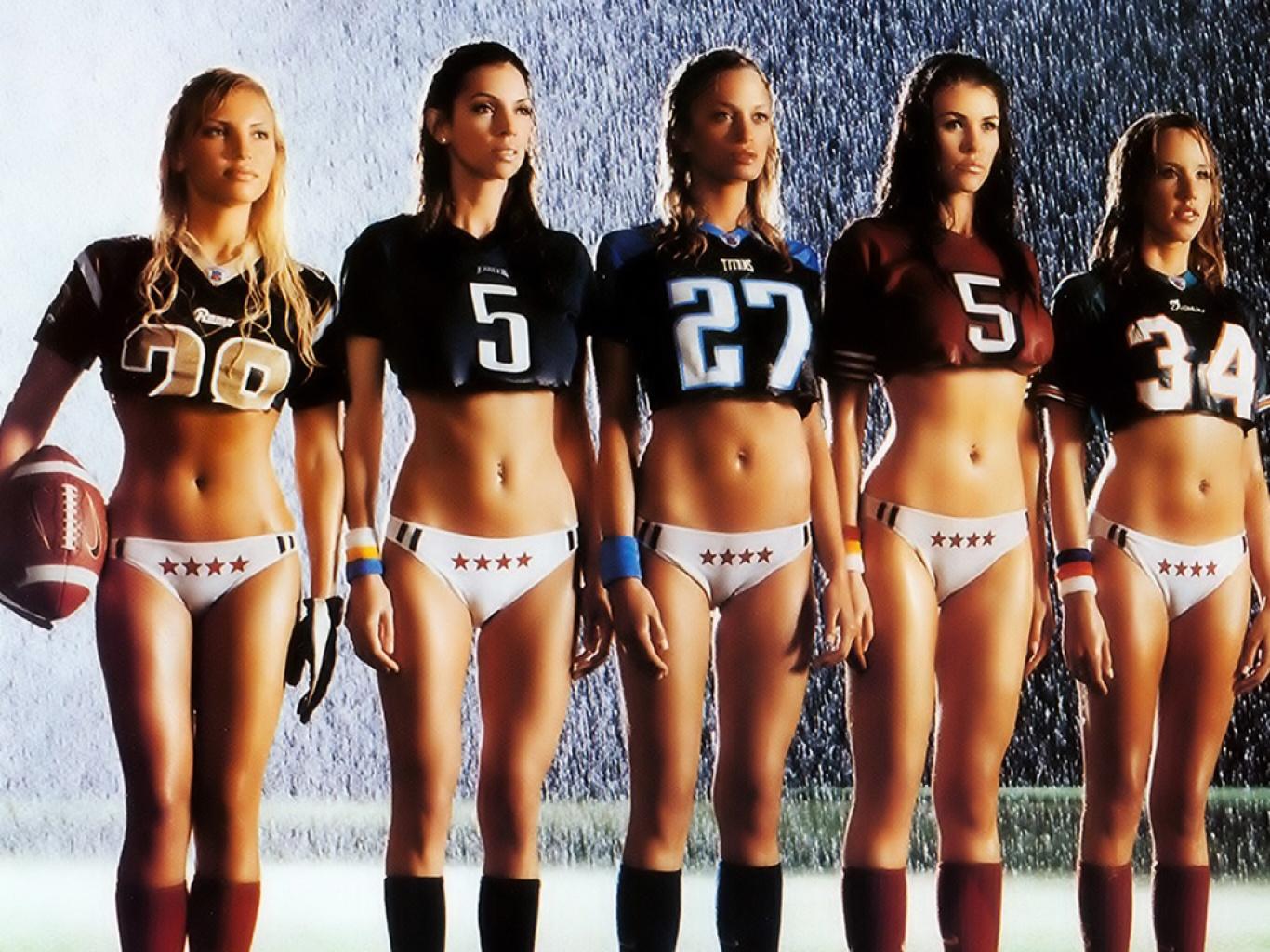 Bikinis y tacleadas en la liga de fútbol americano de México  - Imagenes De Futbol Americano De Mujeres