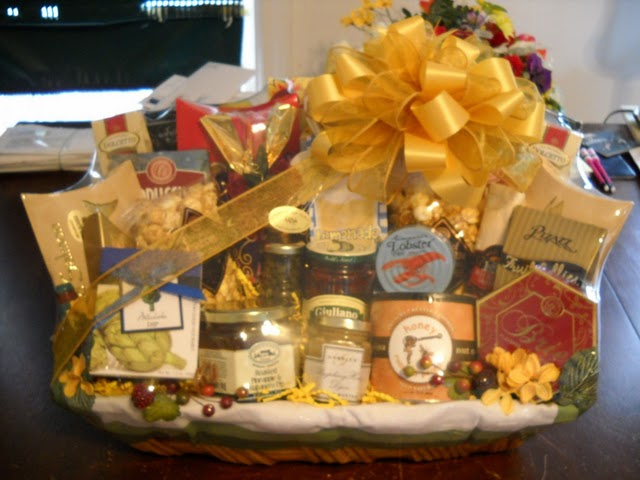 Here is a design we have just sent out for a thank you gift the recipient loves elegance high end product but has teenage sons.........happy to mix ... & Corporate Gifts Boston: Custom gift baskets in the USA