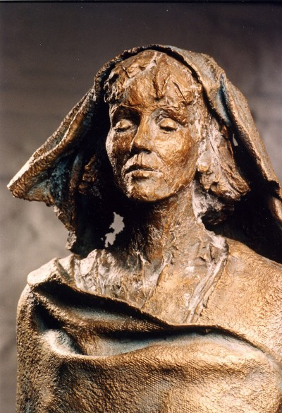 [Hildegard+statue]