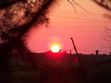 Amanecer de una mañana cualquiera allá lejos...