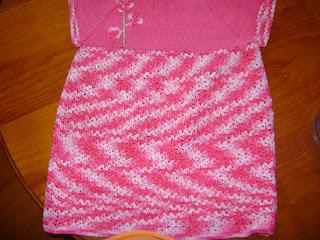 vestido-de-ganchillo-rosa title=