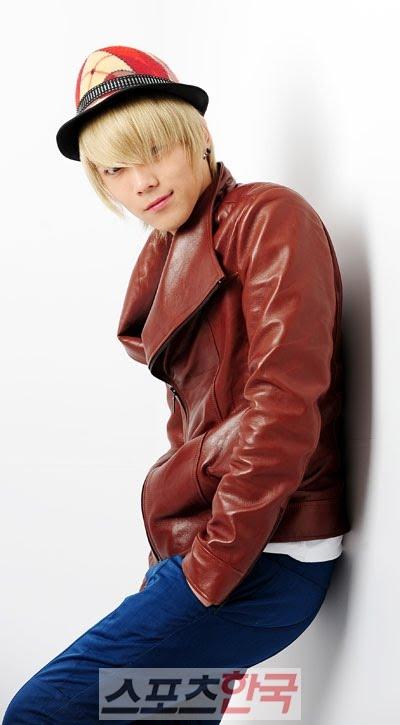 Lee Hong Ki [Acteur/Chanteur] M Hongki+%2810%29