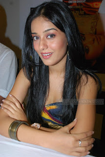 Amrita Rao Hot Sexy Photo 7