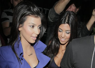Kim and Kourtney Kardashian Hit STK Restaurant