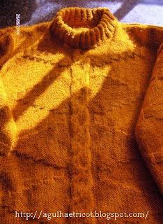 Algumas blusas feitas pela minha mãe...