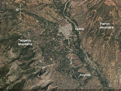 In the middle of this valley we find Sparta; the ancient Greek city which,