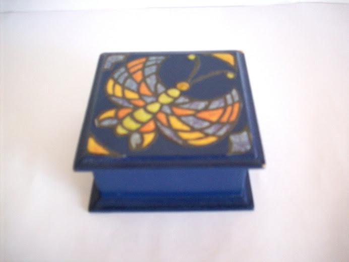 caja falso mosaico mariposa
