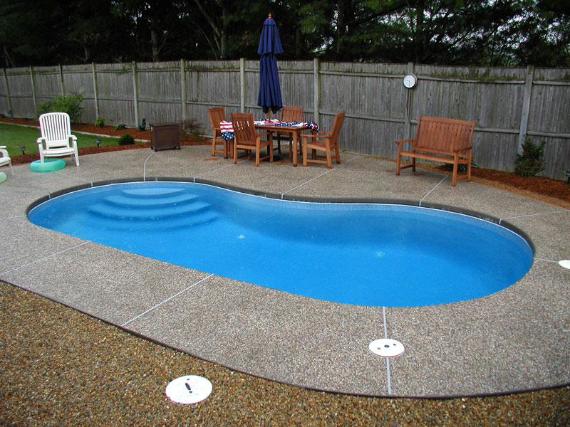 Midwest fiberglass pools july 2010 for Fiber glass cost