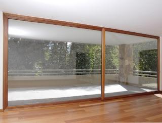Carpinteria de aluminio en granada balcones puertas y - Cristaleras de aluminio ...