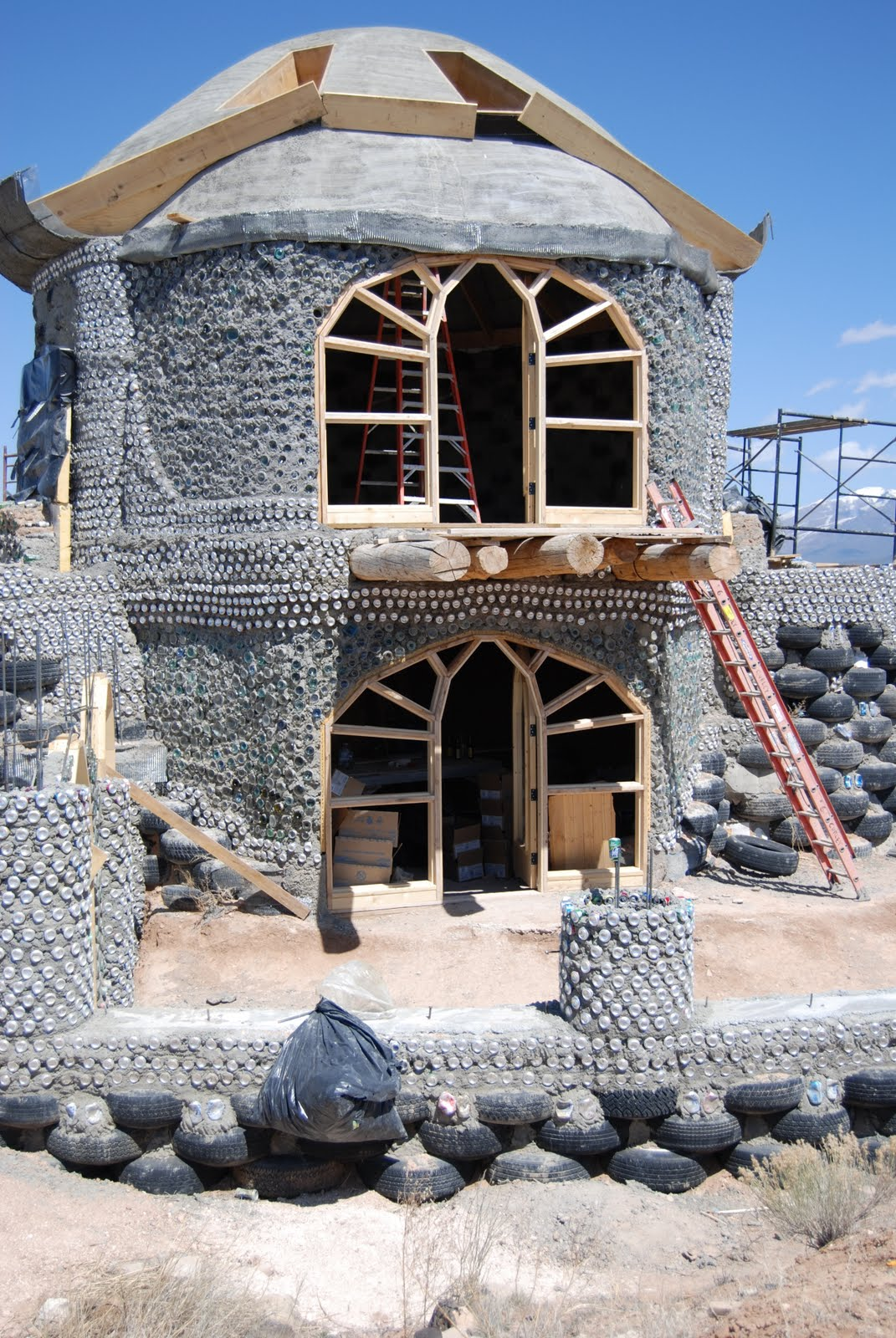 Earthship plans and designs pictures - Off The Grid Earthship Home Greenhouses And Off Grid