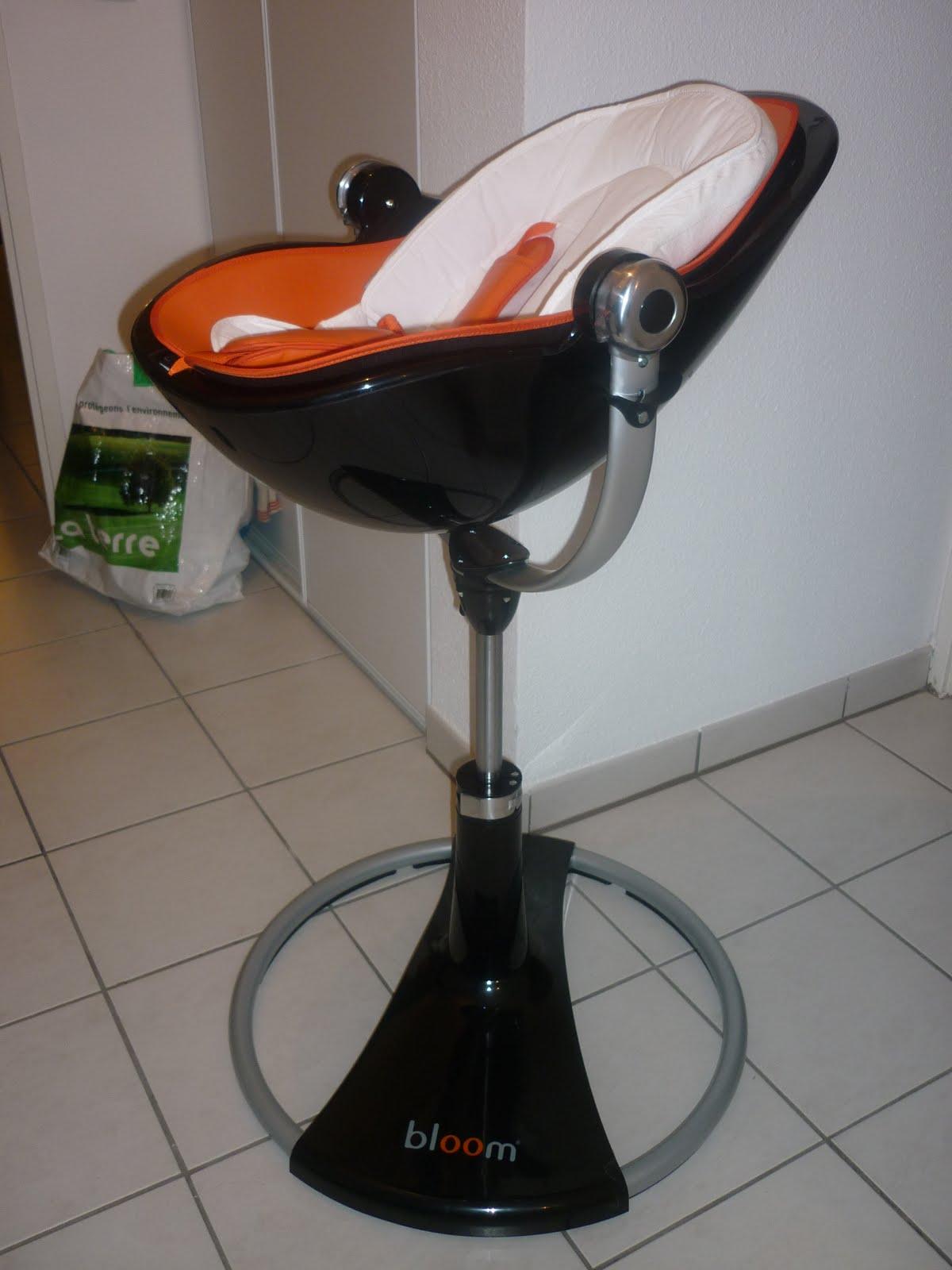 Xavi notre premier amour la chaise b b - Chaise bebe qui s accroche a la table ...