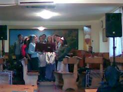 tinerii, grupul II si copiii